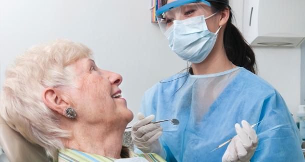Diş Eksikliği Bunamaya da Sebep Oluyor